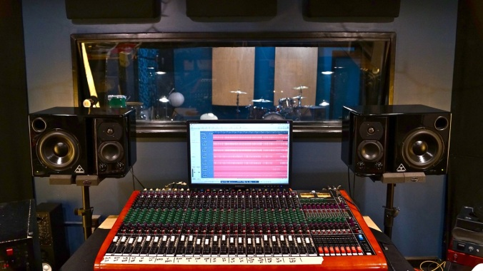 The Toft ATB Recording Console at Ultimate Studios, Inc